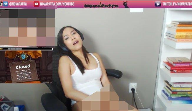gamer caught masturbating 1