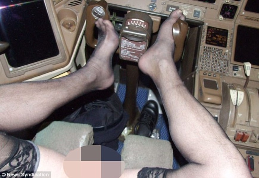 colin-glover-pilot-2