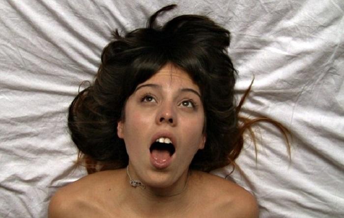 orgasm-alarm-clock-1